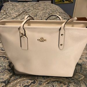 Coach Tote Woman's Handbag
